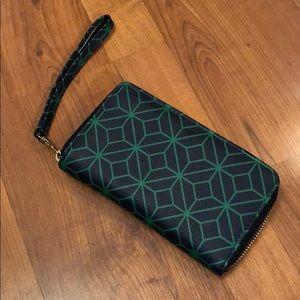 Handbags - NWOT Navy & Green Wallet